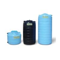 Баки для воды и топлива.